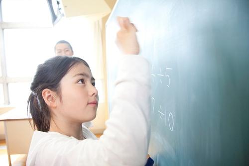 【小学生コース】時間割・授業料