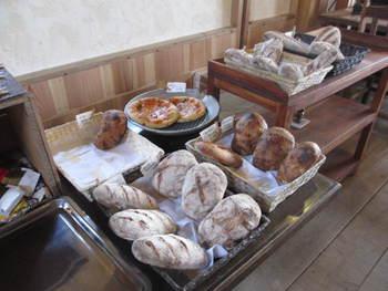 とっておきのパン工房「のら」さん
