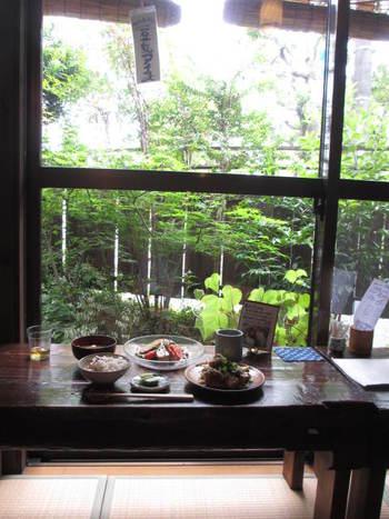 ステキな古民家カフェ「ごはんや楓屋」でランチ♪