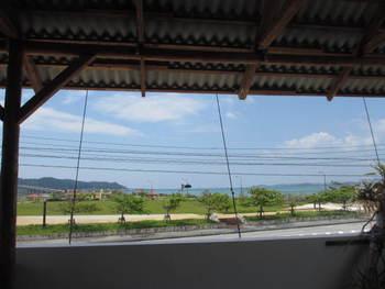 海中道路とブーランジェリーヤマシタ