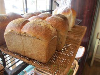 住宅街の小さな可愛いパン屋さん☆自家製酵母パンPuku Puku☆