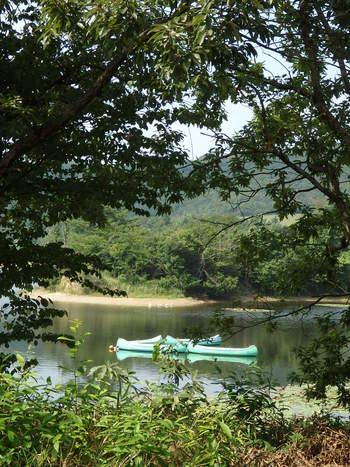 ロケーション抜群!湖畔の森のお庭カフェ~プラートカフェ