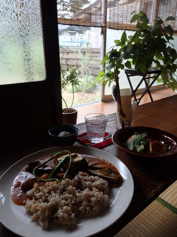 昭和モダンなcafe b(カフェ ビー)