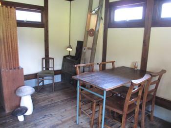 すてきな隠れ家カフェ cafe&sweets hachi_cafe 8cafe