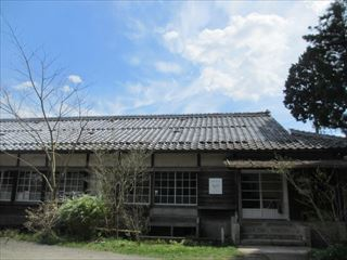 木造校舎のレトロなカフェ☆mamma mia(マンマ・ミーア)☆