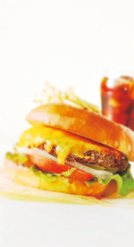とろ〜り2種のたっぷり高槻チーズBIGバーガー 【大阪】T's ★Diner