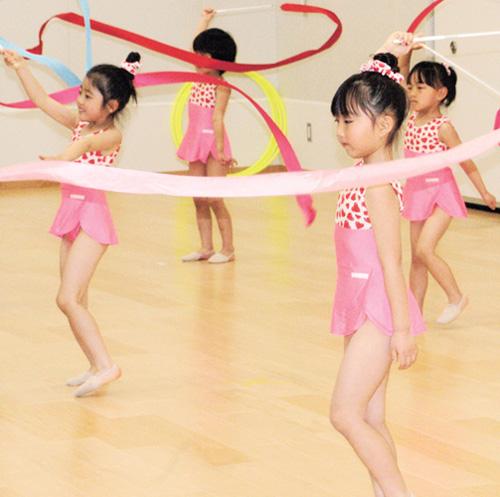 グリマム【3歳からの新体操クラブ】