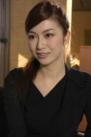 美人すぎる日本画家(´・ω・)