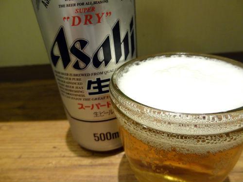 豚天を肴に冷たいビールをグビっと1杯!