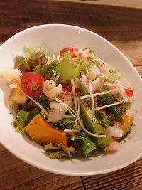 30品目の季節の野菜たっぷりサラダ