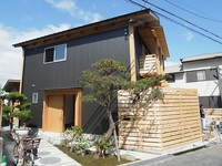 島本の家 きぐみの二世帯住宅