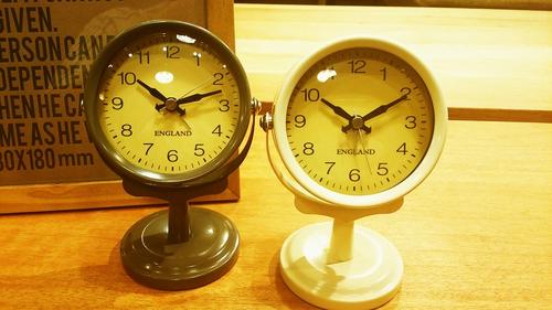 ◇アンティークな目覚まし時計◇