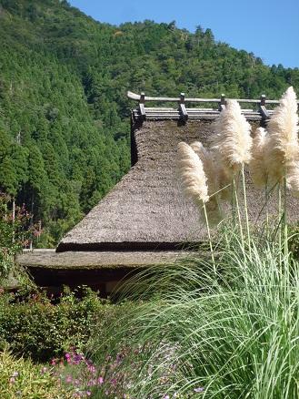 美山2 茅葺屋根