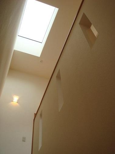 ヒカリの筒 ガラスの階段