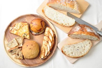 ◆てくてくパンまつり+スイーツ◆自家製天然酵母パン ヒカリノmutsu cafe