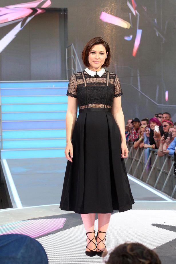 EmmasWillis dans robe noire