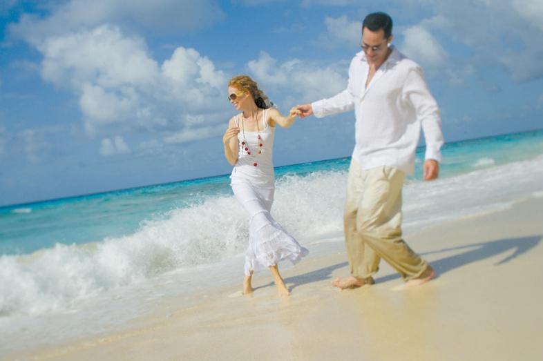 robe blanche plage