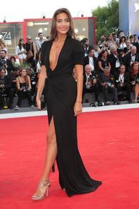 Miss Italie Rachel a grimpé à Venise 2017: