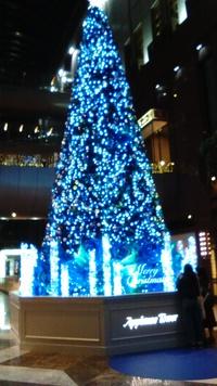 街はクリスマスか