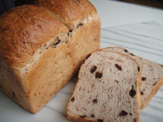 きび糖レーズン食パン