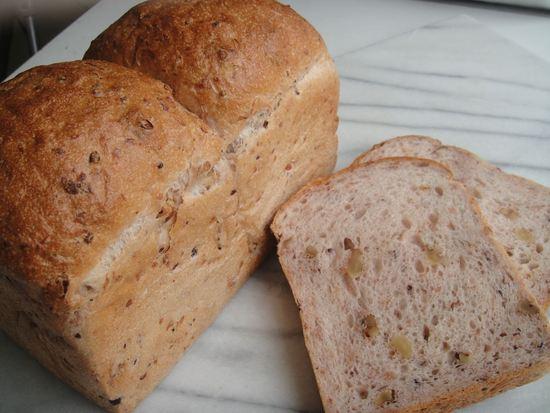 きび糖クルミ食パン