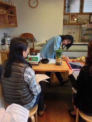 パパシュさんの「グリーンスムージー」の講習会がありました!