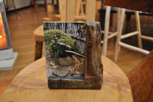木を蘇らせる 間伐材を生かした家具