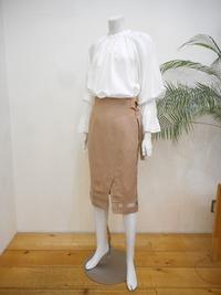 袖フレアーブラウス&裾シースルー切り替えタイトスカート