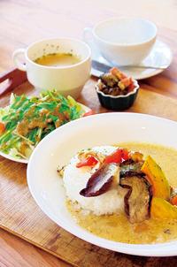 tumiki cafe 〈ツミキカフェ〉