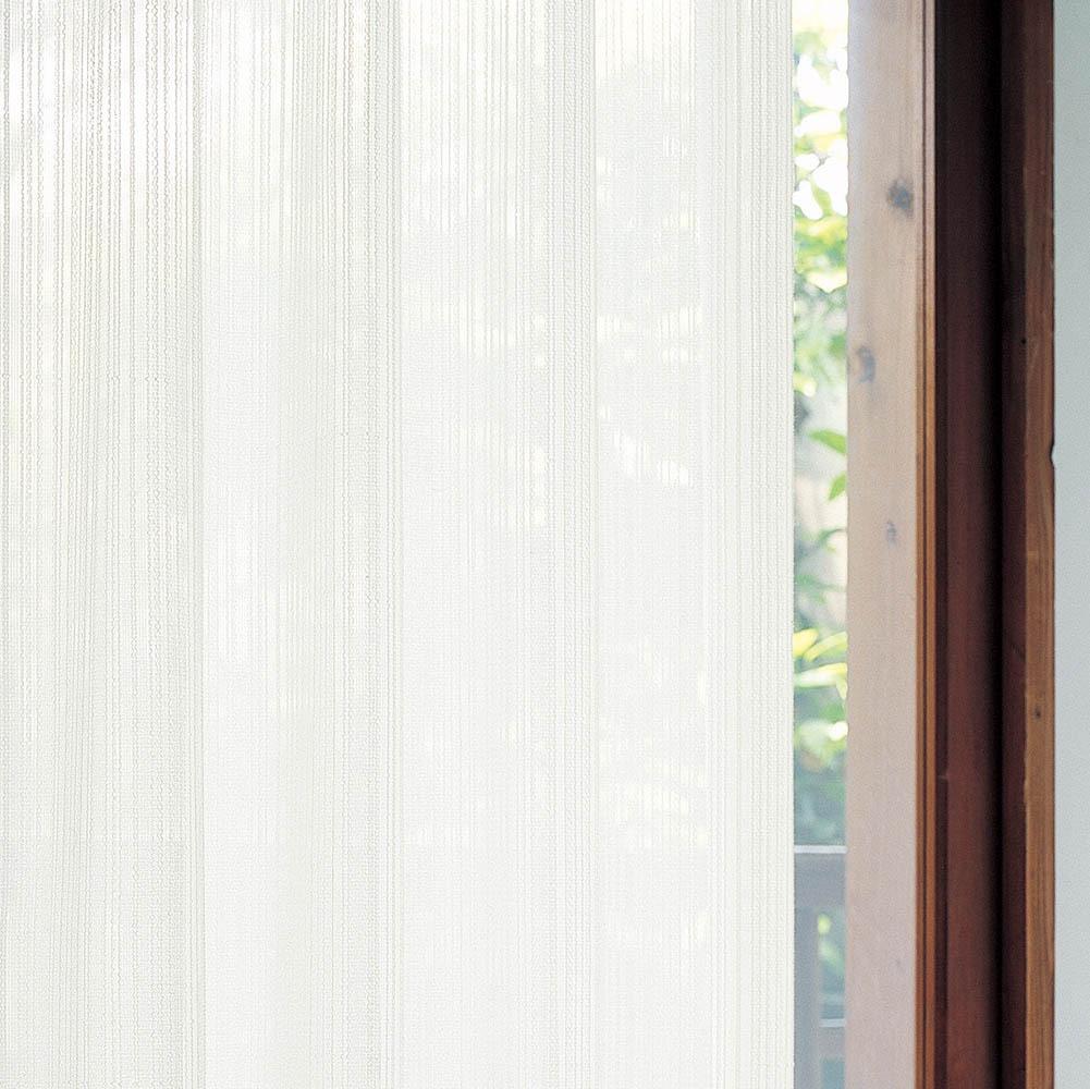 太陽熱を反射するカーテン