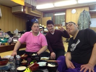 お相撲さんとちゃんこ鍋