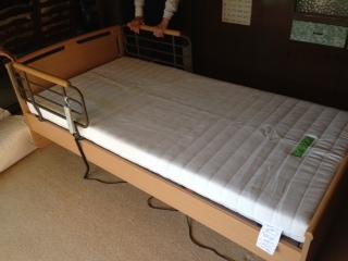 電動ベッドです
