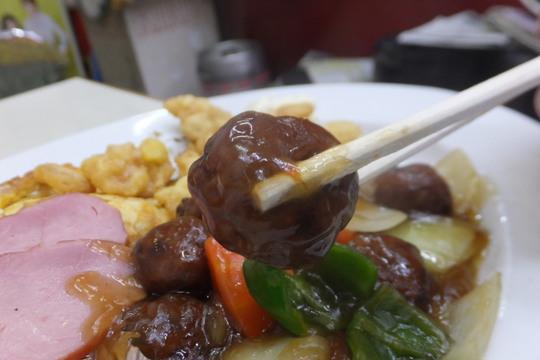 豊中・蛍池 「ます」 ボリューム満点の肉団子定食!