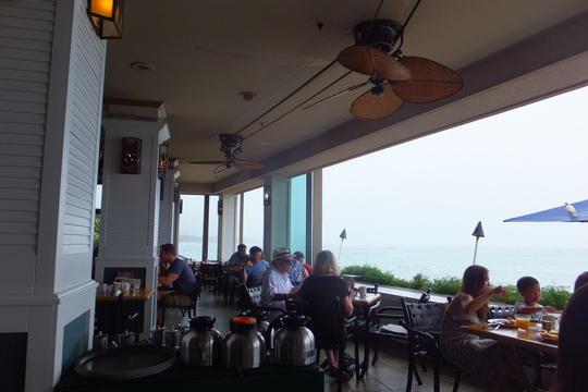 ワイキキ・アウトリガーリーフ 「ショアバード」 ハワイ珍道中 その5 ブッフェスタイルのモーニング!