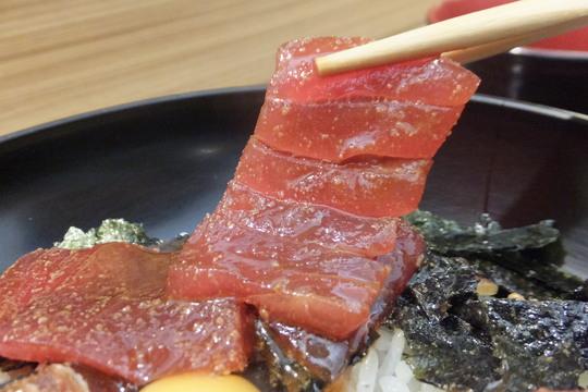 心斎橋 「魚重」 老舗の定食店から進化した鉄火丼専門店!