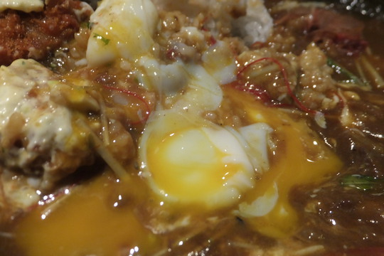 中崎西 「和風カレー HIGEBOZZ(ヒゲボーズ)」 更にコクが増した牛スジカレーがメチャクチャ旨い!