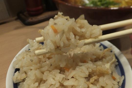日本橋・東心斎橋 「香吾芽(かごめ)」 昔から続くミナミで飲んだ後の〆は細うどん!