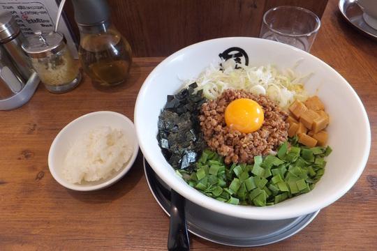 豊中・本町 「麺やマルショウ」 新作台湾塩まぜそばはメチャクチャ旨い!