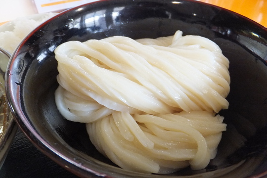豊中 「やまぶき家」 人気ナンバーワン豚バラ肉汁つけ麺!