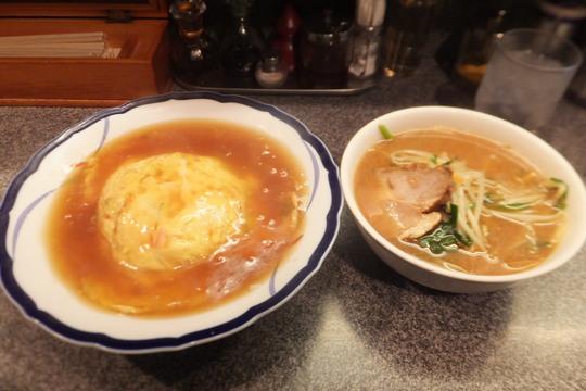 四ツ橋・南堀江 「若水」 甘めの餡の天津飯と味噌ラーメンの妙味!