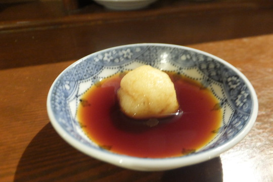 なんば 「餃子屋 チハラ」 カリッと焼かれた手包み餃子の店!