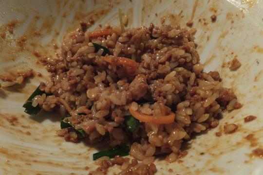吹田・江坂 「TABARA(タバラ)」 肉味噌まぜ麺と餃子がランナップ!