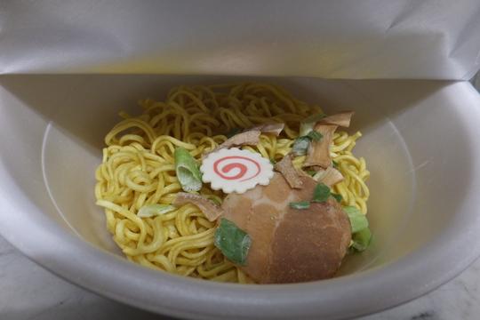 「中華蕎麦 とみ田」 日本一の中華蕎麦がセブンイレブンから商品化!