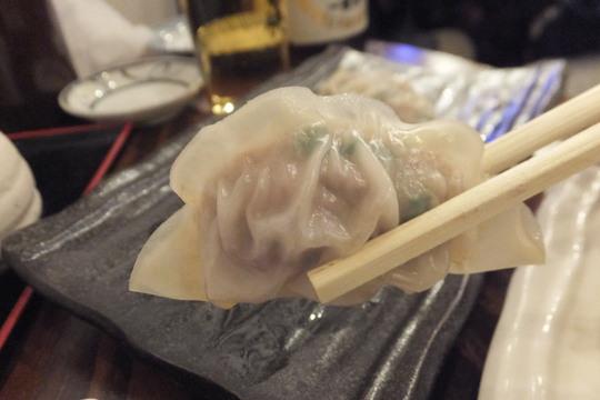 十三 「満太郎」 餃子専門居酒屋で餃子の蒸しと焼きを堪能!