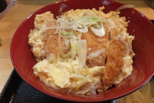 吹田・江坂 「きまぐれ寿し」 寿司屋でカツ丼セット!