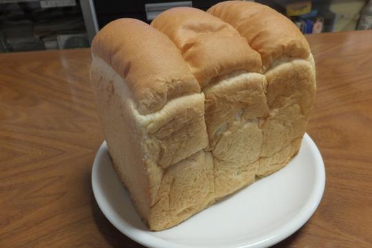 豊中・牧落 「じゅらく」 こだわりの食パンを頂きました!