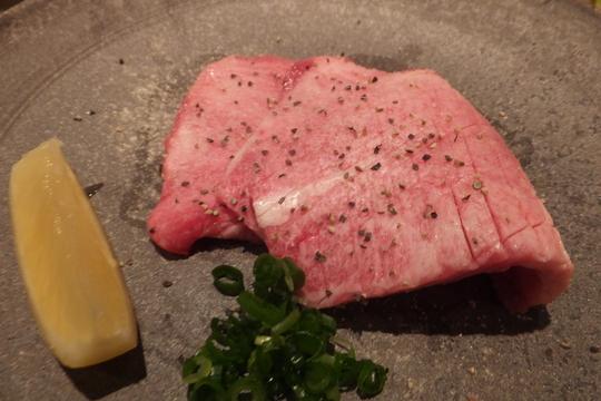 なんば・千日前 「焼肉処 又来家(またらいや)」 雌の黒毛和牛にこだわった上質の肉がお値打ちに頂けます!