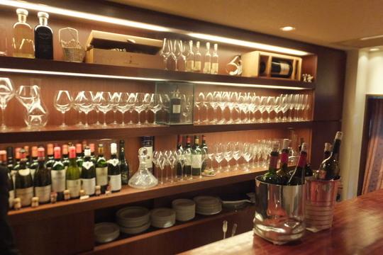 なんば・法善寺横丁 「ワインバー カルコス」 上質の食事と抜群のワインのペアリングが楽しめます!