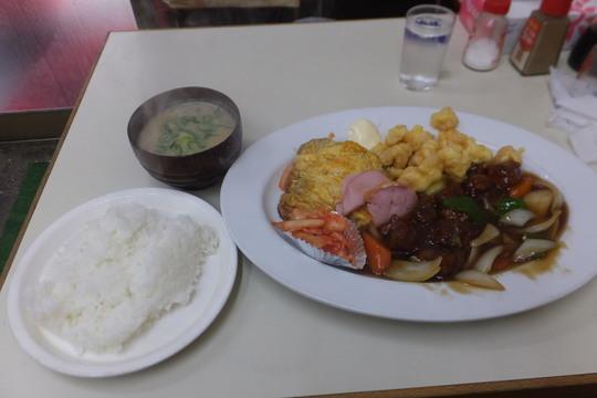 豊中・蛍池 「ます」 下町の大衆中華料理店のランチがボリューミーで旨い!