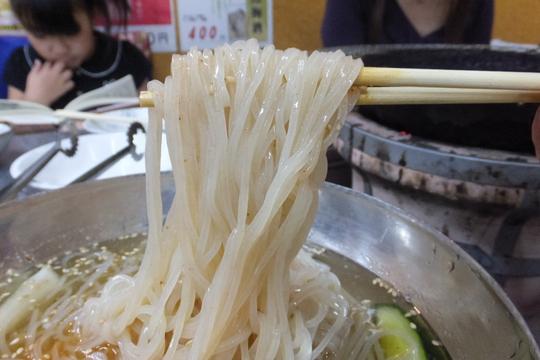 西成・長橋 「萩之茶屋鶴一 なにわ筋店」 気軽に焼肉が楽しめる居心地のいいお店です!